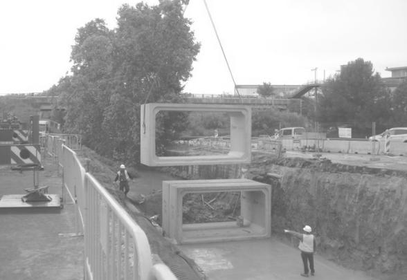Obra de emergencia rotonda en Santa Coloma de Cervelló